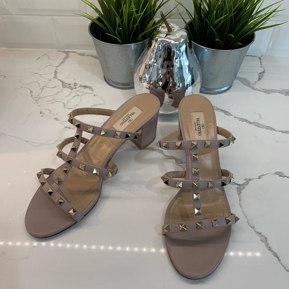 Valentino Shoes - Valentino Rockstud caged 60mm slide sandal 💕